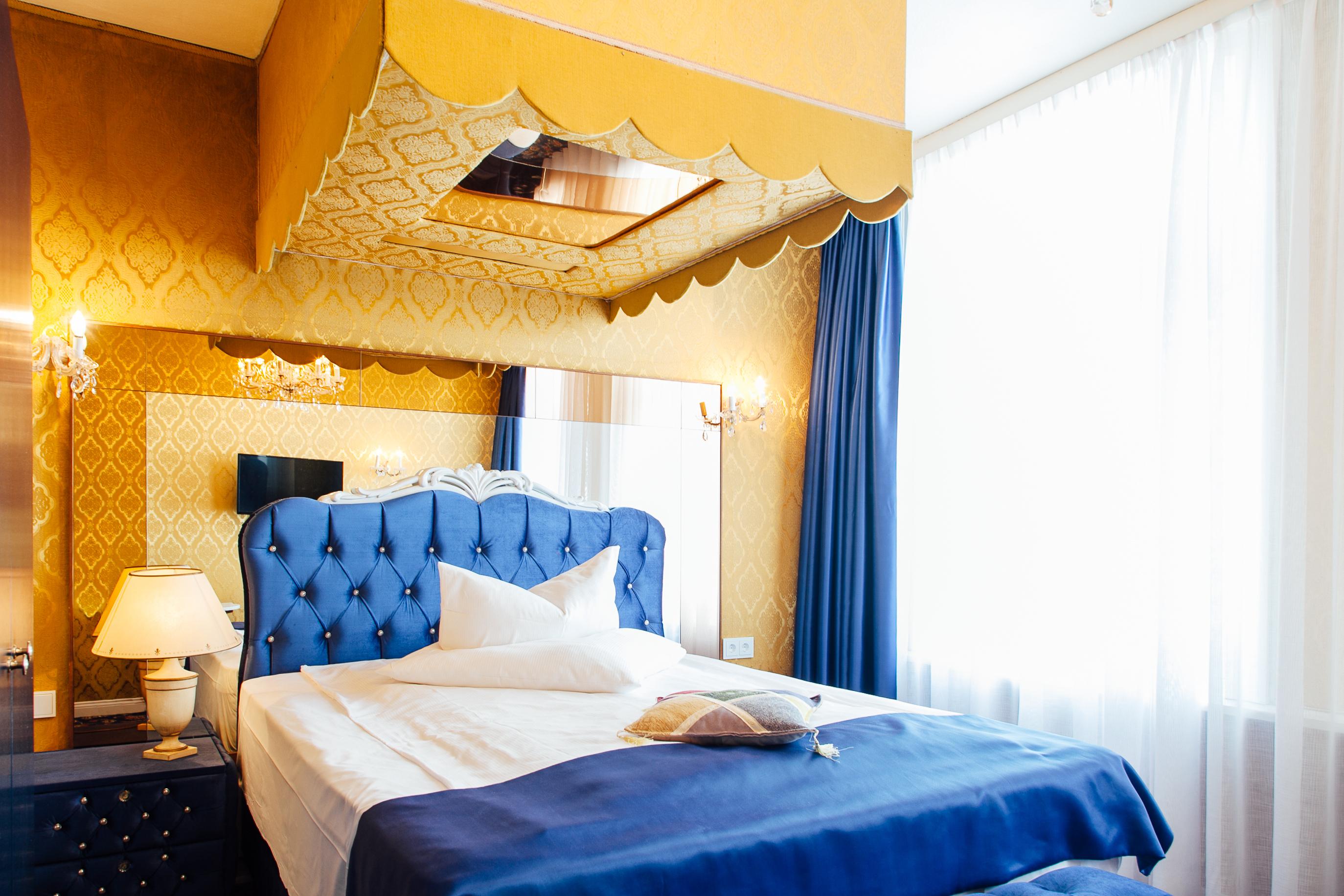 Hotel Village Hamburg::Honeymoon Zimmer